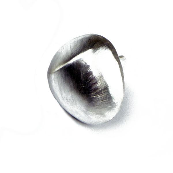 Ohrstecker aus Silber drei eckig