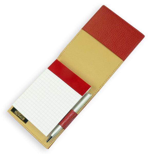 Notizblock mit Ledereinband rot