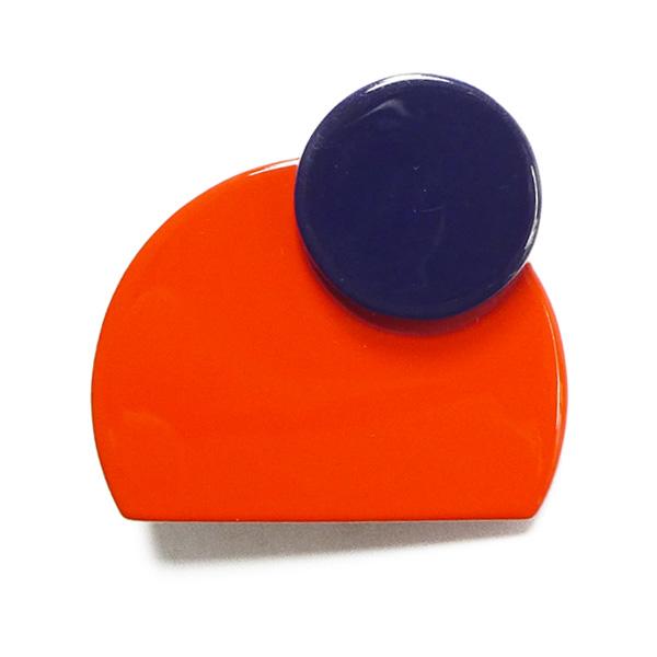 Hornbrosche orange und blau lackiert