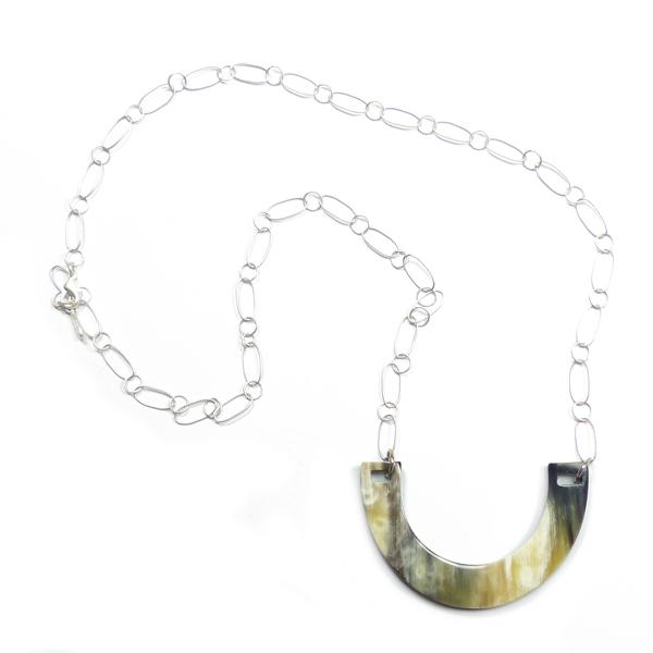 Hornkette dunkel mit Metallgliederkette von Stephisimo