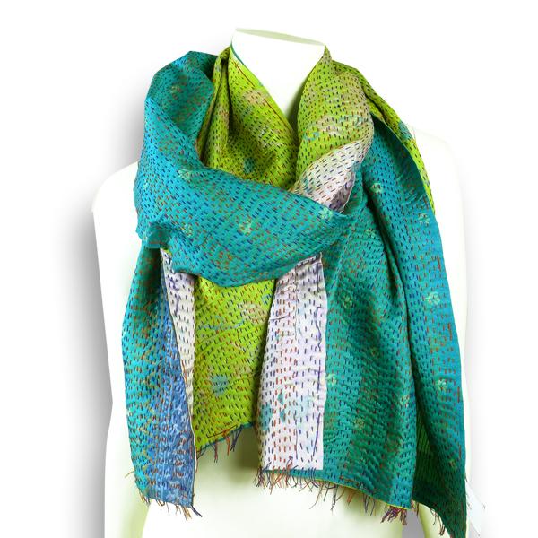 Seiden-Schal aus blau-grünem Sari - Upcycling von Salto