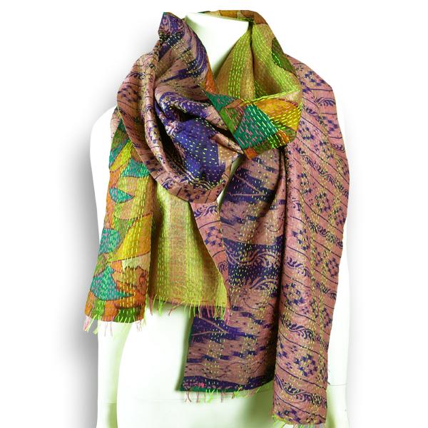 Seiden-Schal aus lila-grünem  Sari - Upcycling von Salto