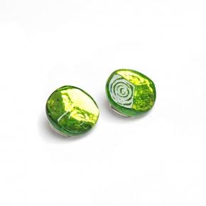 Langani Ohrclip in grün aus Glas