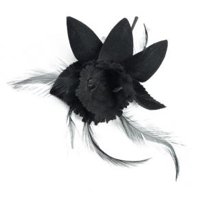 Ansteckblüte schwarz mit Federn von Heinz Müller