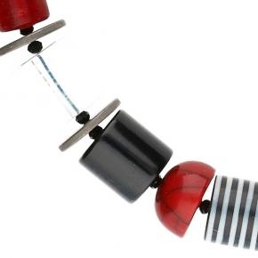 Langani Halskette Caramello - schwarz-weiß-rot