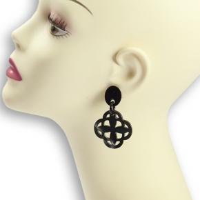 Horn-Ohrhänger schwarzes Afrikahorn von Stephisimo