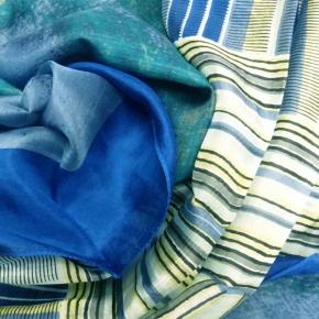 Ahmaddy Seidenschal  Artistry blau gemustert